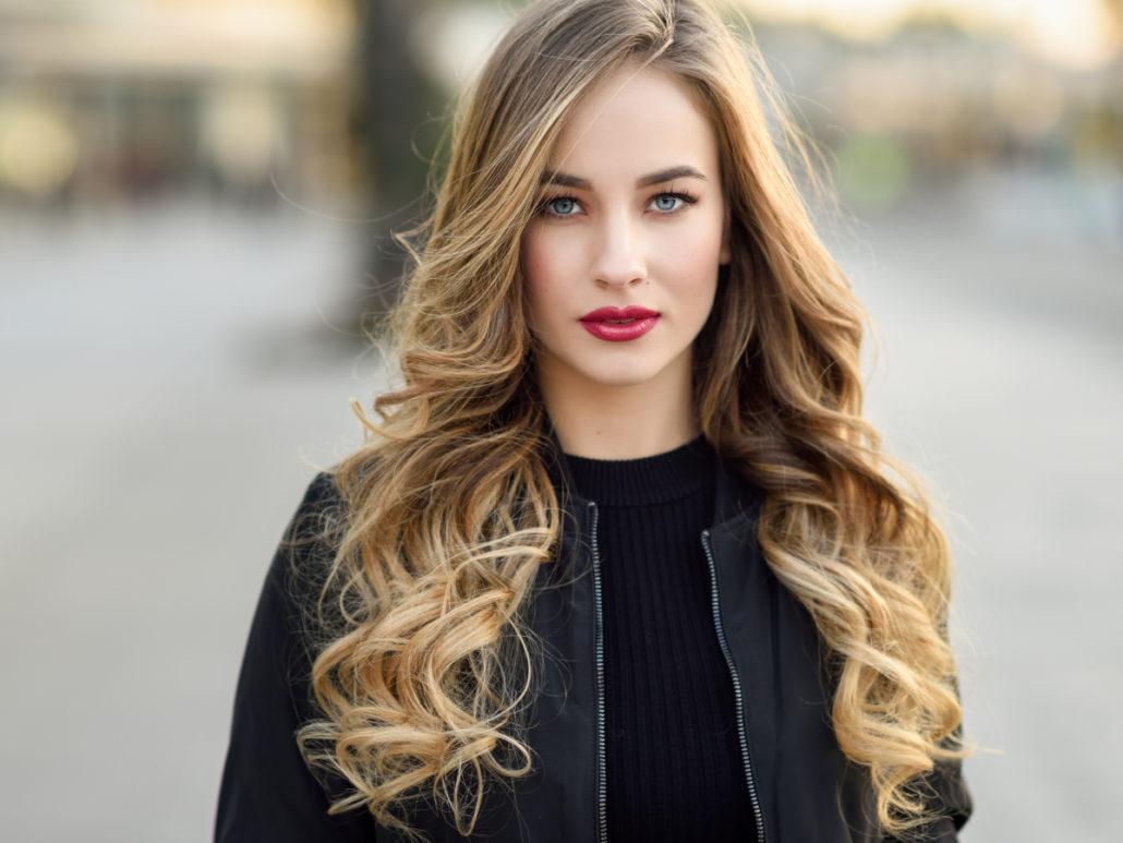 Symbolbild Frisuren lange Haare